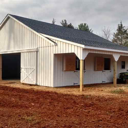 1 story white barn - Horse Barns of Virginia